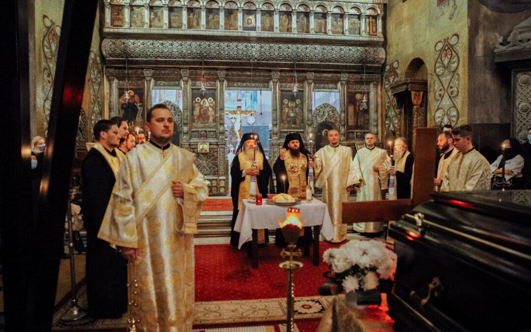 """Slujbă de pomenire pentru """"Episcopul nostru Vasile, mult rugător, mult jertfitor, mult iubitor, om al faptei"""""""