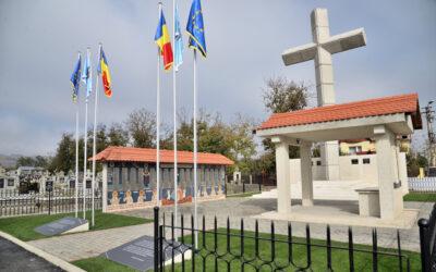 Conferință preoțească și resfințirea monumentului închinat foștilor deținuți politici din Cimitirul Central Gherla