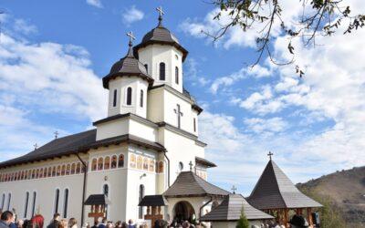 Resfințirea Bisericii din Bidiu și sfințirea Altarului de vară