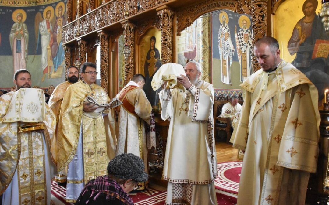 Sfânta Cuvioasă Parascheva, prăznuită la Mănăstirea Râșca Transilvană