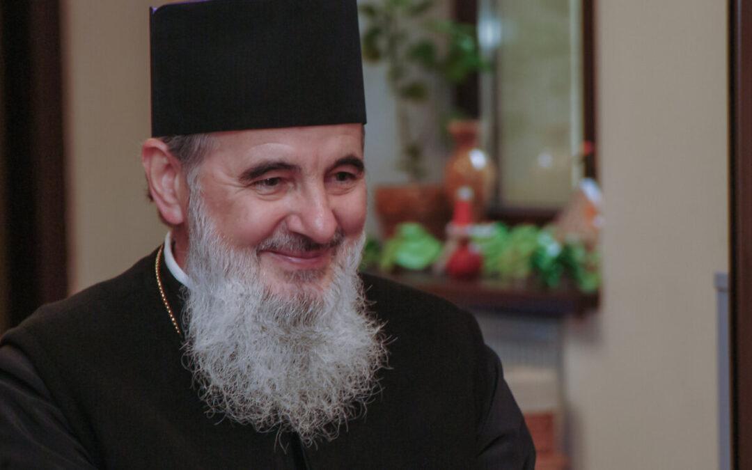 """Zâmbetul Preasfințitului Vasile – Crâmpeie de gând la """"Marea sa trecere"""""""