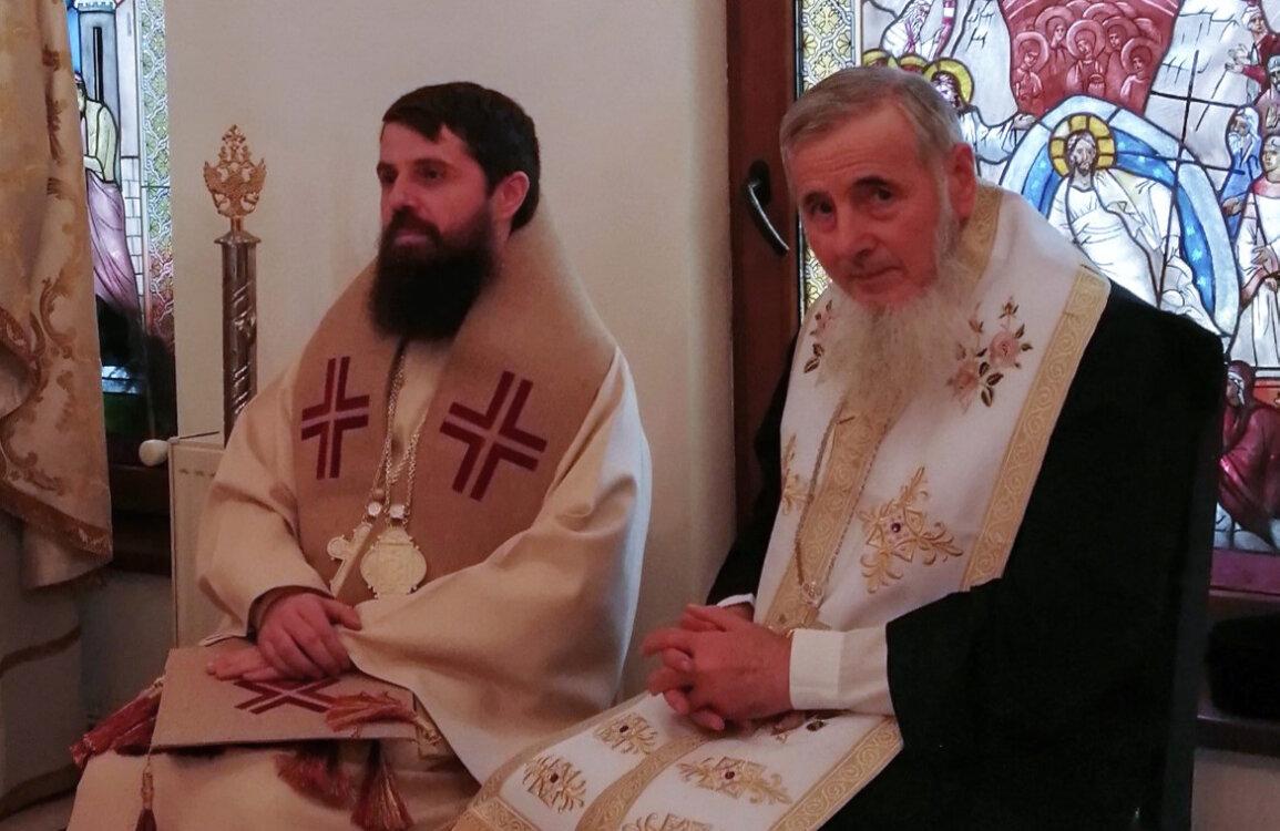 """Zâmbetul Preasfințitului Vasile - Crâmpeie de gând la """"Marea sa trecere"""""""